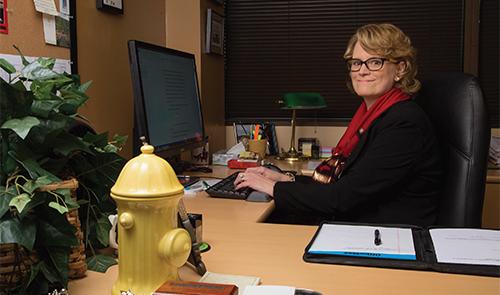 Dr. Liz Fletcher