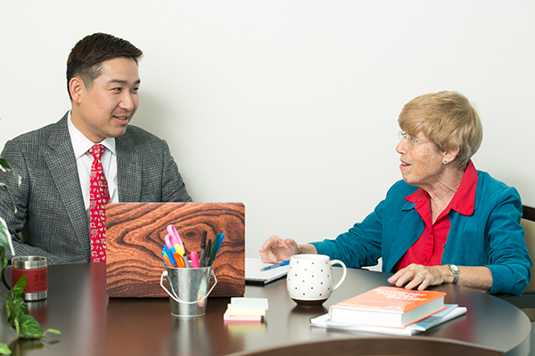 Professors Dejun 'Tony' Kong and Betsy Gelb